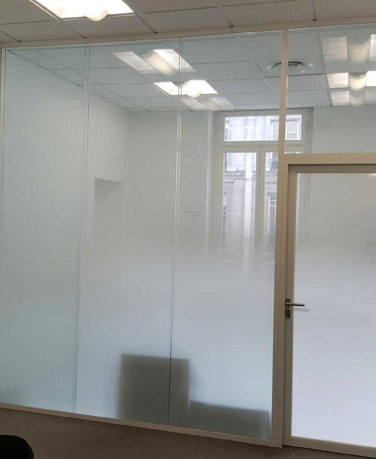 impression blanche sur vinyle transparent en grand taille